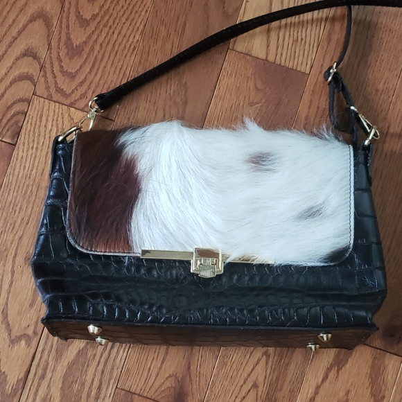 not known Handbags - Leather bag. Gently used.